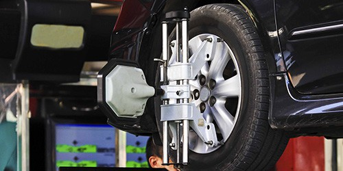 Four Wheel Alignment and Balance