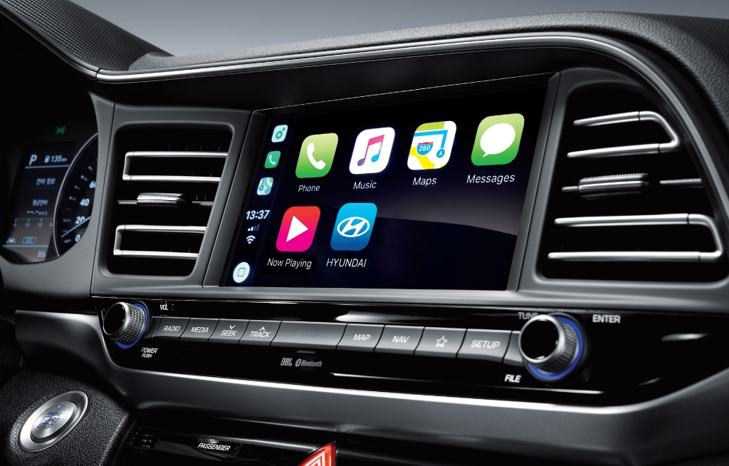 How to install Apple CarPlay or Android Auto in your Hyundai